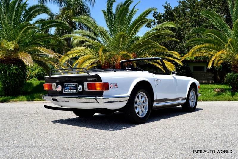 1974 Triumph TR6 16