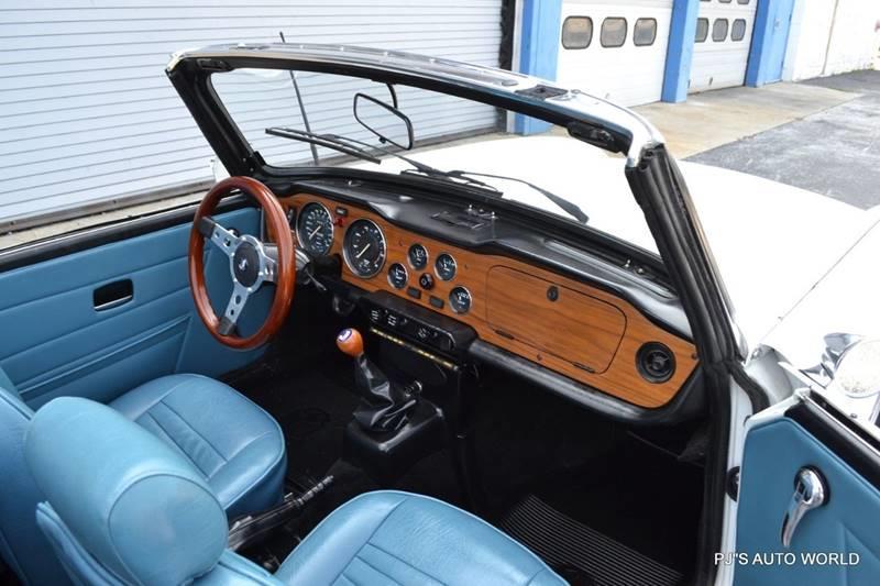 1974 Triumph TR6 23