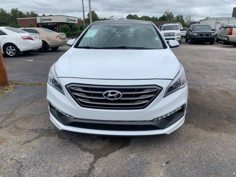 2016 Hyundai Sonata for sale at Safeway Auto Sales in Horn Lake MS