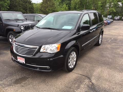 2014 Chrysler Town and Country for sale in Cuba City, WI