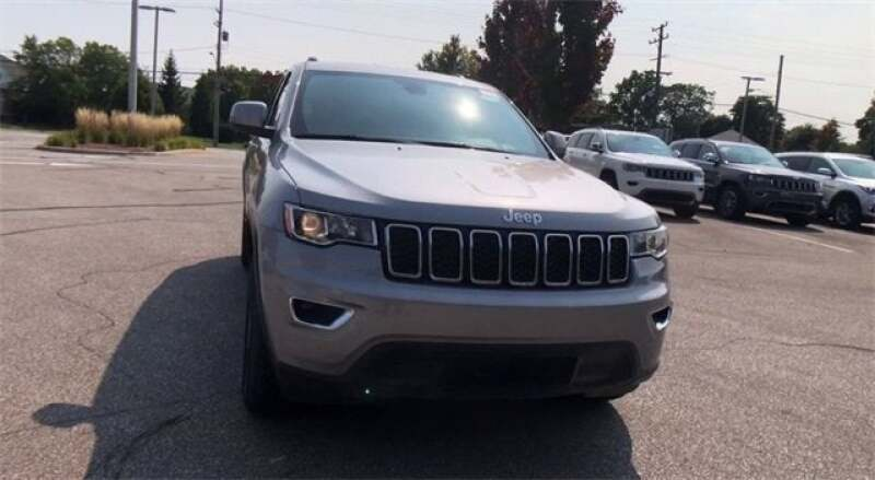 2020 Jeep Grand Cherokee GRAND CHEROKEE LAREDO E 4X4 - North Olmsted OH