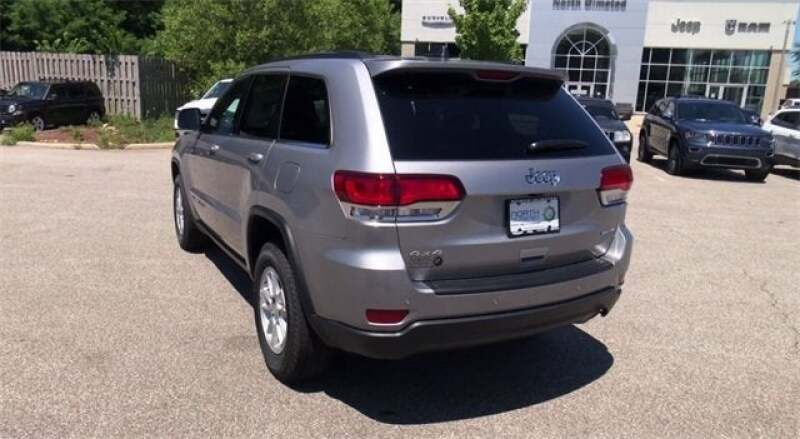 2020 Jeep Grand Cherokee GRAND CHEROKEE LAREDO E 4X4 - North Olmsted OH