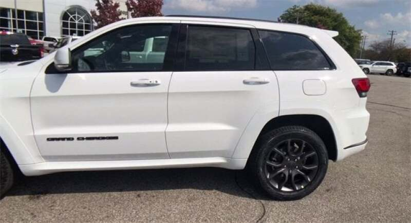 2021 Jeep Grand Cherokee GRAND CHEROKEE HIGH ALTITUDE 4X4 - North Olmsted OH