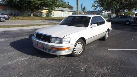 1991 Lexus LS 400
