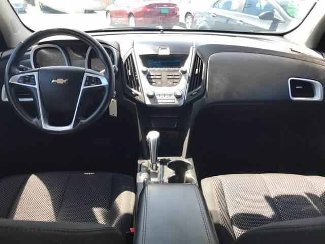 2011 Chevrolet Equinox for sale at Giovannis Auto in Peru IL
