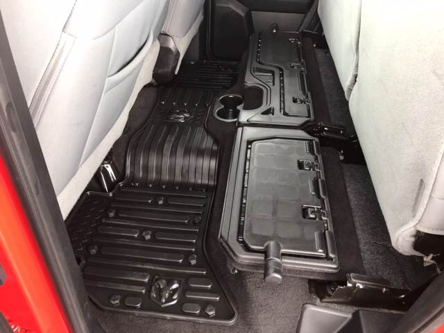 2014 RAM Ram Pickup 1500 for sale at Giovannis Auto in Peru IL