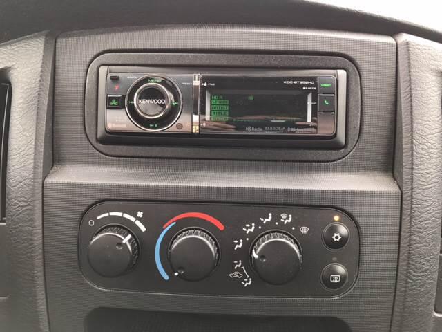 2003 Dodge Ram Pickup 1500 for sale at Giovannis Auto in Peru IL