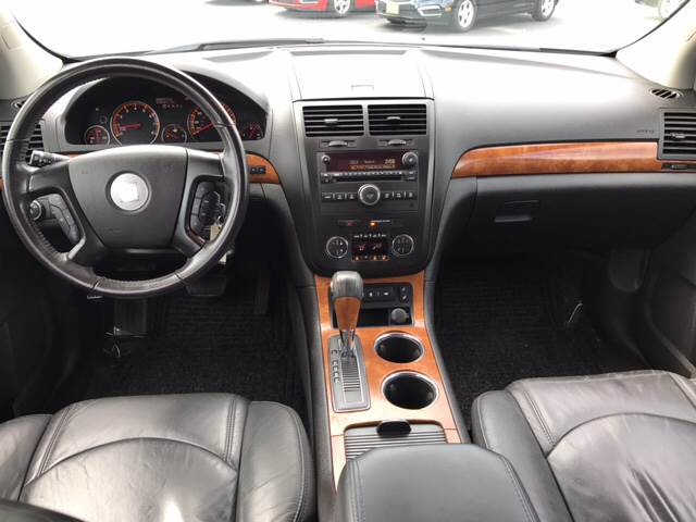 2008 Saturn Outlook for sale at Giovannis Auto in Peru IL
