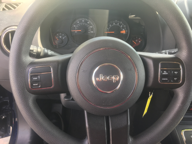 2016 Jeep Compass for sale at Giovannis Auto in Peru IL