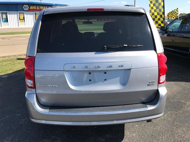 2015 Dodge Grand Caravan for sale at Giovannis Auto in Peru IL