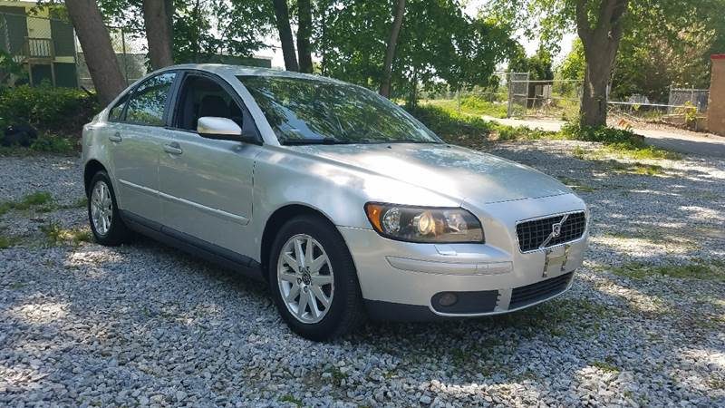 2006 Volvo S40 T5 4dr Sedan - New London CT