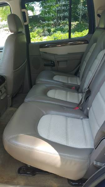 2004 Ford Explorer Eddie Bauer 4WD 4dr SUV - New London CT