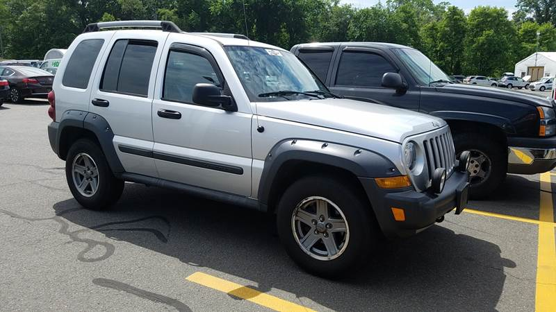 2006 Jeep Liberty Renegade 4dr SUV 4WD - New London CT