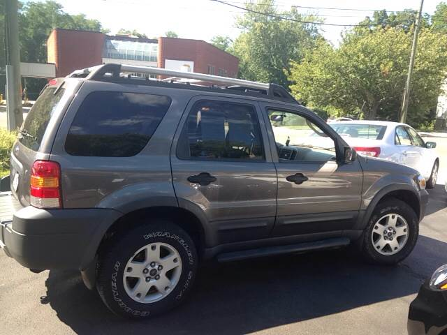 2005 Ford Escape AWD XLT 4dr SUV - New London CT