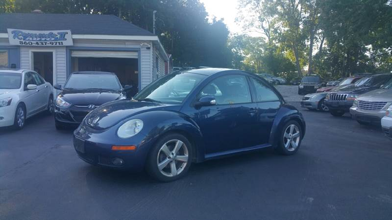 2006 Volkswagen New Beetle 2.5 PZEV 2dr Hatchback (2.5L I5 6A) - New London CT