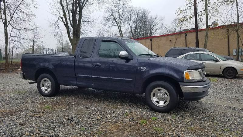 2000 Ford F-150 4dr XLT Extended Cab SB - New London CT