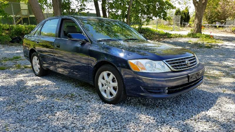 2003 Toyota Avalon XL 4dr Sedan w/Bucket Seats - New London CT