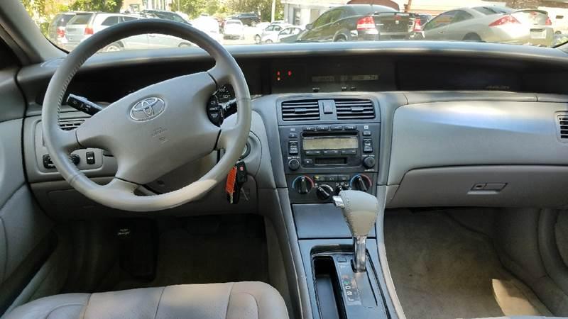 2003 Toyota Avalon XL 4dr Sedan w/Bucket Seats - New London CT