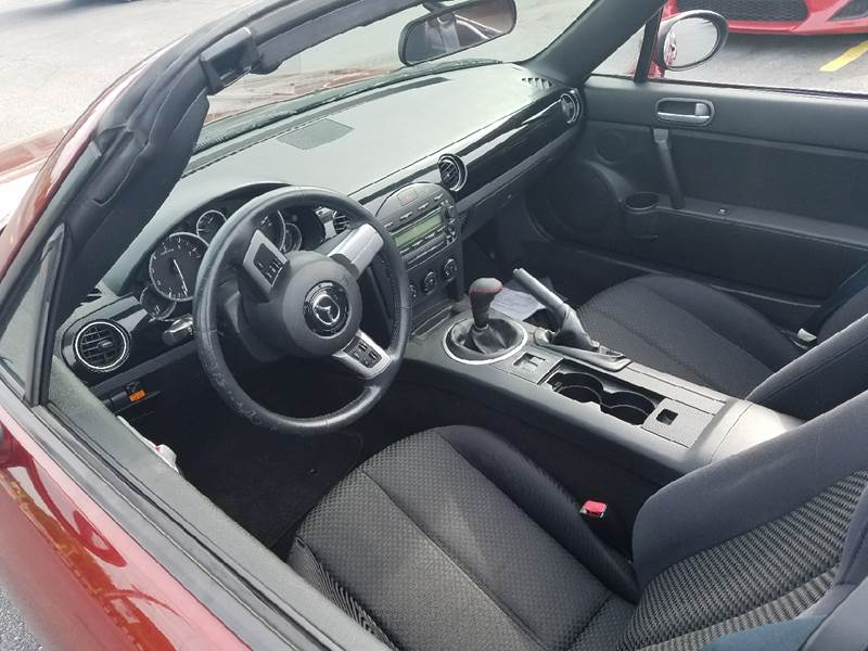 2006 Mazda MX-5 Miata Grand Touring 2dr Convertible - Smyrna GA