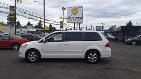 2010 Volkswagen Routan for sale in Portland, OR