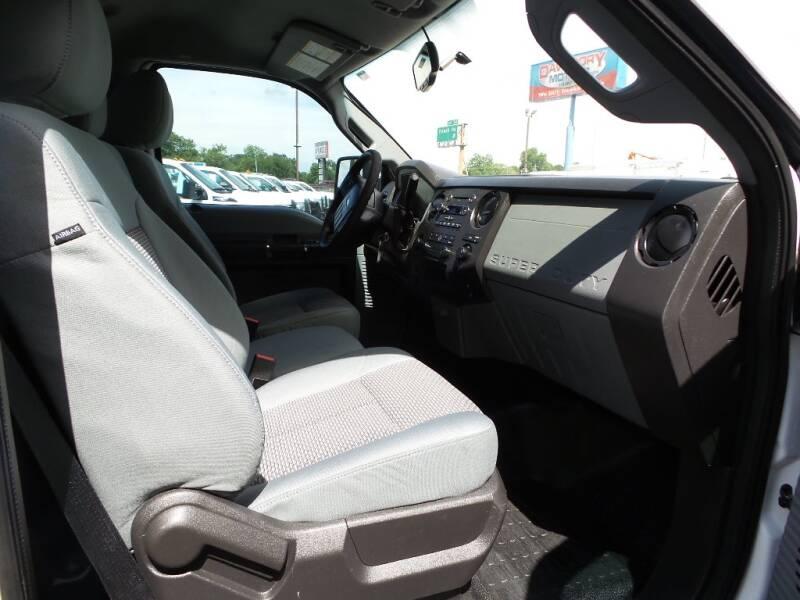 2013 Ford F-250 Super Duty 4x2 XL 2dr Regular Cab 8 ft. LB Pickup - Houston TX