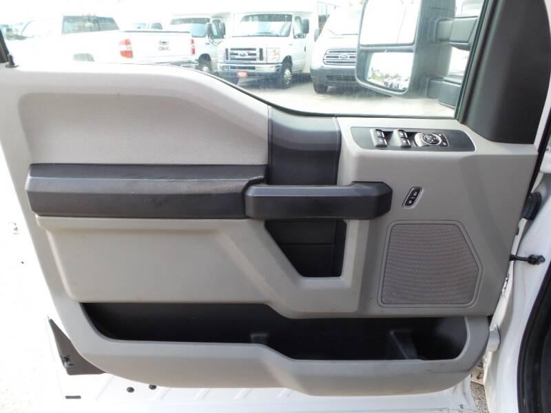 2017 Ford F-250 Super Duty 4x2 XL 4dr SuperCab 8 ft. LB Pickup - Houston TX