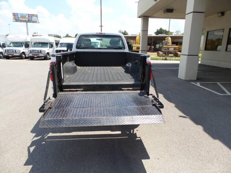2016 Ford F-250 Super Duty 4x2 XL 2dr Regular Cab 8 ft. LB Pickup - Houston TX