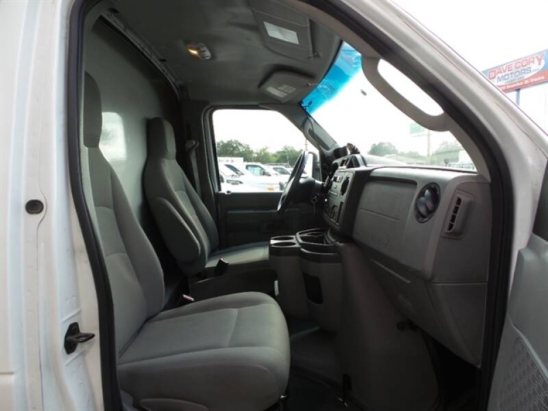 2013 Ford E-Series Chassis E-350 SD 2dr Commercial/Cutaway/Chassis 138-176 in. WB - Houston TX