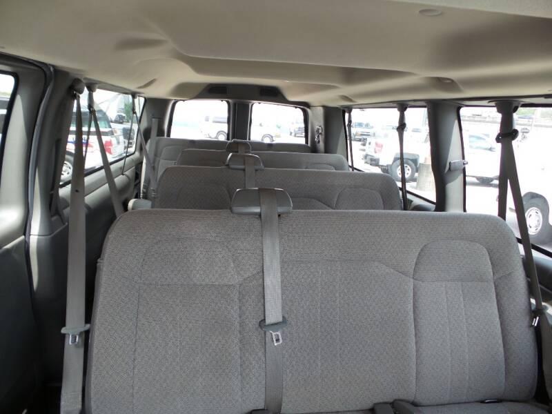 2015 Chevrolet Express Passenger LT 3500 3dr Extended Passenger Van w/1LT - Houston TX