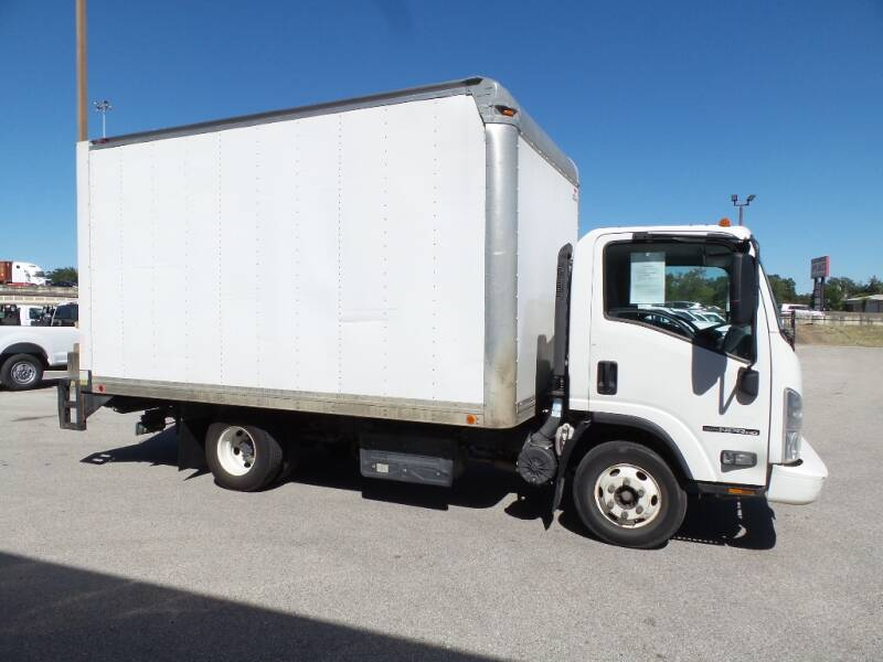 2016 Isuzu NPR HD 4X2 2dr 71.0 in. BBC Tilt Cab - Houston TX