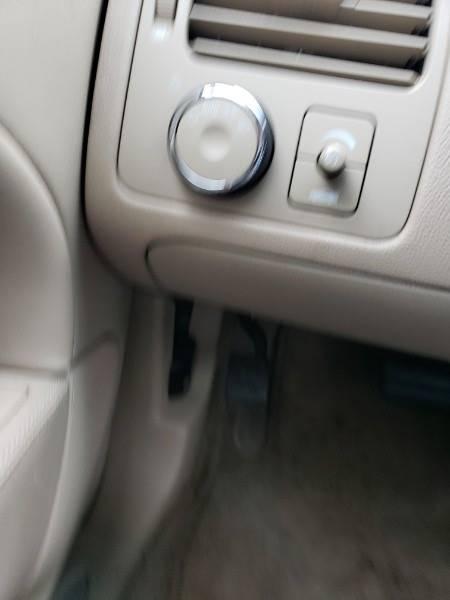 2008 Buick Lucerne CXL (image 11)