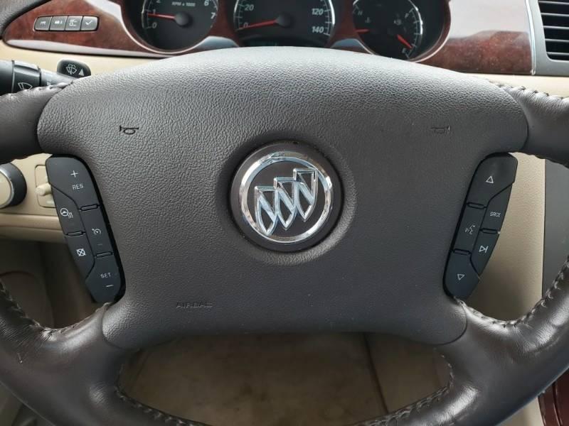 2008 Buick Lucerne CXL (image 12)
