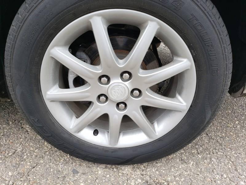 2008 Buick Lucerne CXL (image 16)