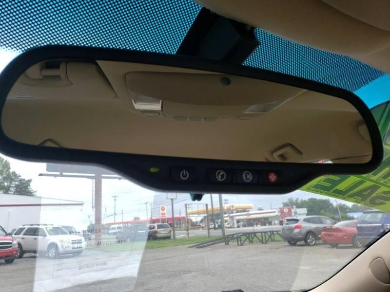 2008 Buick Lucerne CXL (image 19)