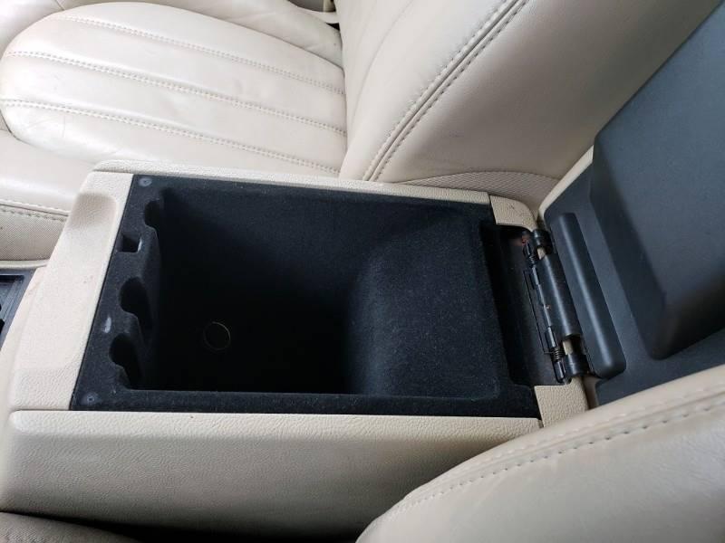 2008 Buick Lucerne CXL (image 22)