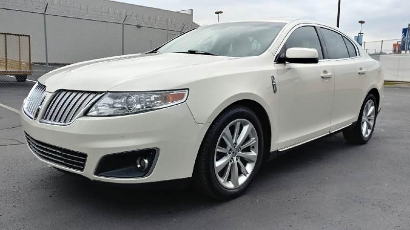 https://cdn04.carsforsale.com/3/510383/18105824/1024677468.jpg
