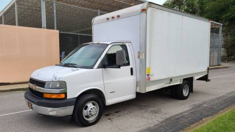 2008 Chevrolet Express Cutaway for sale at Green Life Auto, Inc. in Nashville TN