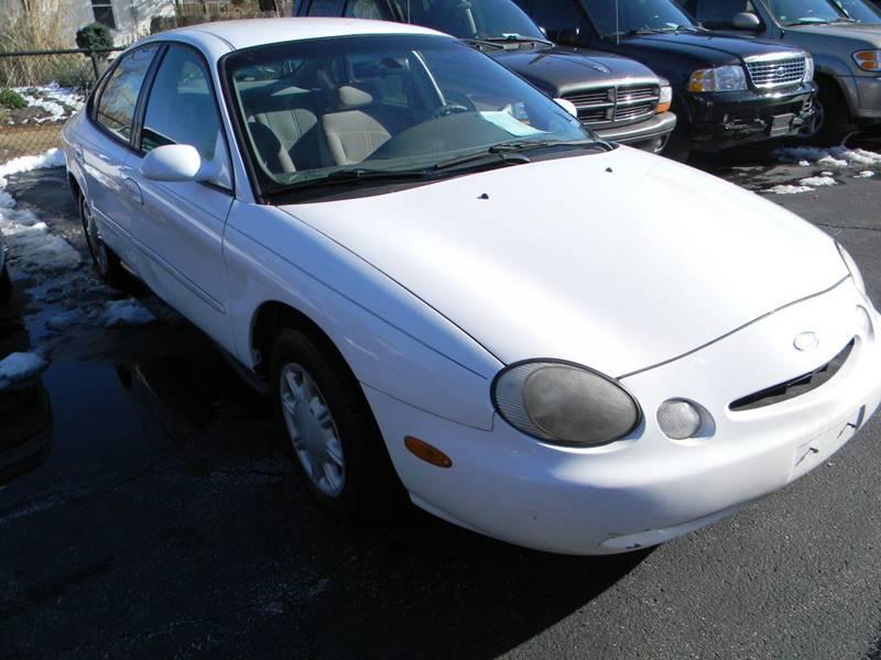 1997 ford taurus gl 4dr sedan in st louis mo lindenwood auto center 1997 Ford Taurus G 3 999