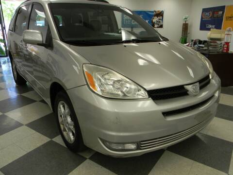 2005 Toyota Sienna for sale at Lindenwood Auto Center in St. Louis MO