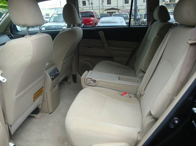 2010 Toyota Highlander for sale at BISHOPS CORNER AUTO SALES in Sapulpa OK