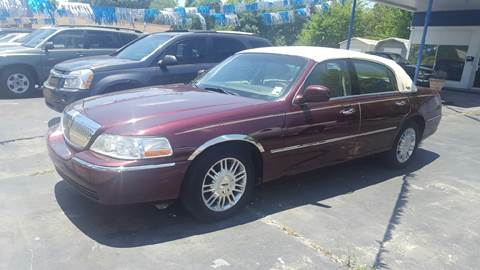 2007 Lincoln Town Car for sale at Bill Bailey's Affordable Auto Sales in Lake Charles LA