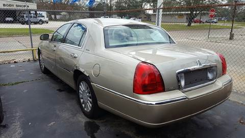 2005 Lincoln Town Car for sale at Bill Bailey's Affordable Auto Sales in Lake Charles LA