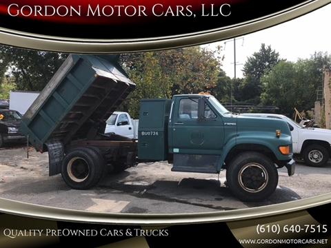 1998 Ford F-700 for sale in Malvern, PA
