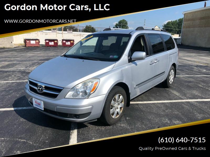 2008 Hyundai Entourage for sale at Gordon Motor Cars, LLC in Frazer PA