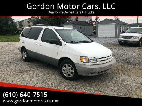 1998 Toyota Sienna for sale at Gordon Motor Cars, LLC in Frazer PA
