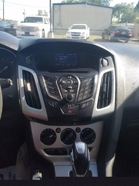 2013 Ford Focus SE 4dr Hatchback - Houston TX