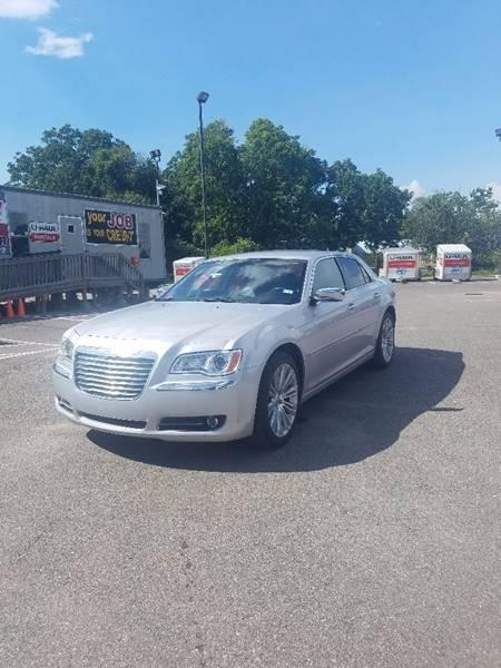 2011 Chrysler 300 Limited 4dr Sedan - Houston TX