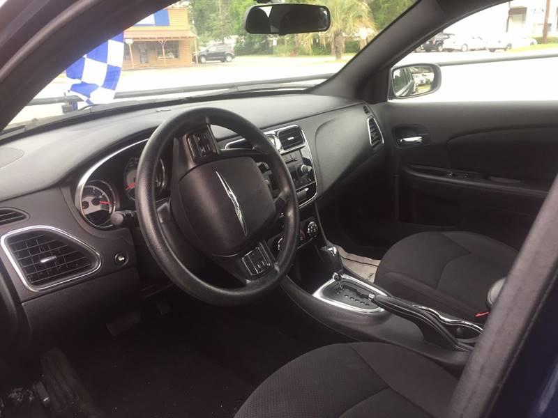2014 Chrysler 200 LX 4dr Sedan - Walterboro SC