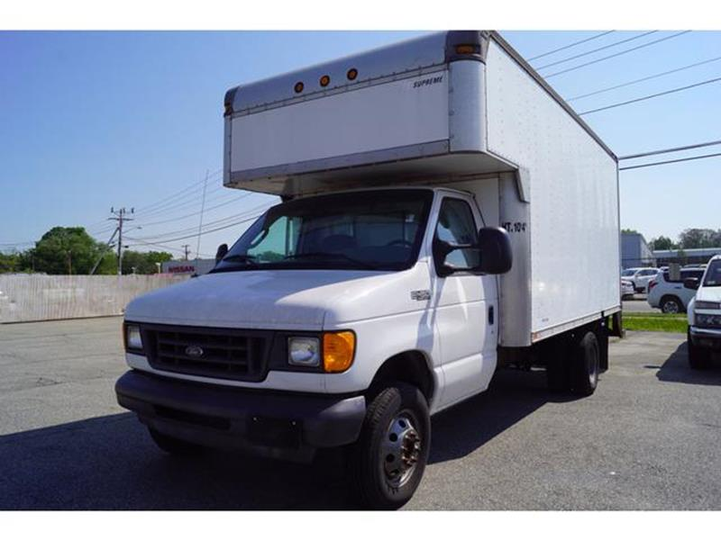 2004 ford e450 super duty specs