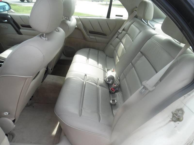 1997 Cadillac Catera 4dr Sedan - El Dorado Springs MO